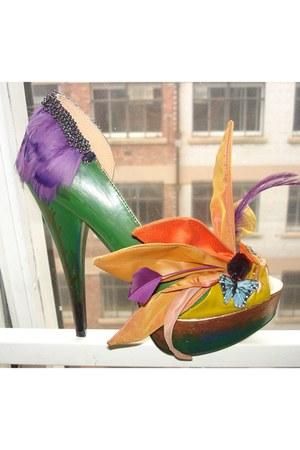BOBU heels