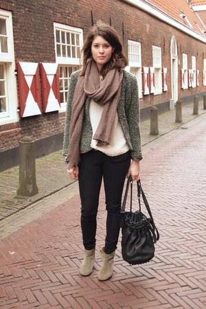 Alexander Wang bag - Isabel Marant boots - vintage jacket