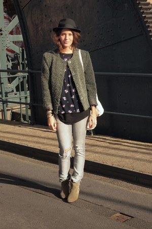 Isabel Marant boots - H&M jeans - thrifted vintage jacket