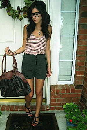 f21 shirt - aerosoles shoes - f21 purse - delias shorts