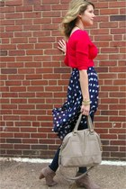 Forever 21 skirt - Steve Madden boots - H&M bag - Michael Kors watch