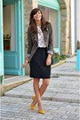 Olive-green-mango-blazer-zara-shirt-black-h-m-skirt