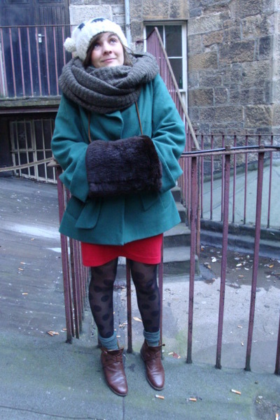 white River Island hat - brown H&M scarf - brown gloves - green Topshop coat