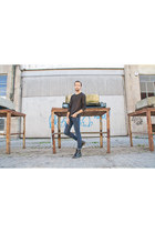 Dr Martens boots - River Island jeans - Zara jumper