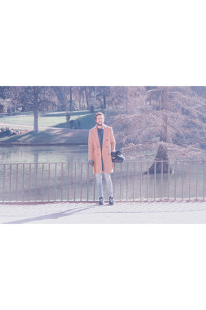 pull&bear jeans - Zara coat - pull&bear jacket - New Balance sneakers