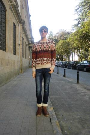 BLANCO boots - pull&bear jeans - Zara sunglasses - Zara jumper