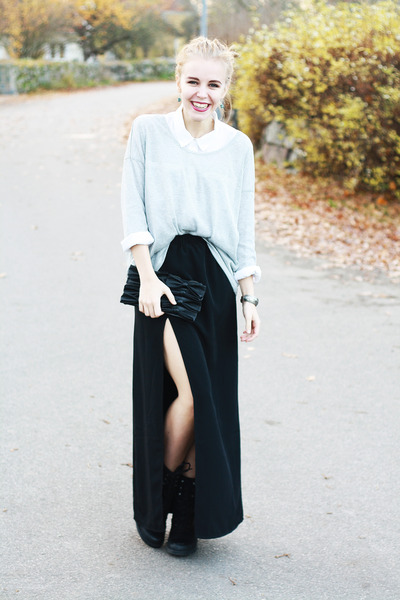 black long BikBok skirt - black Scorett boots