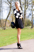 black striped GINA TRICOT sweater