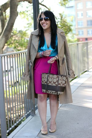 magenta pencil banana republic skirt - tan trench Viktor & Rolf and H&M coat
