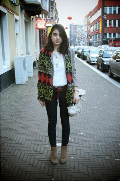 camel vintage boots - heather gray Zara blazer - white detailed Zara blouse