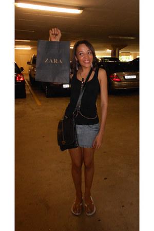 diva ring - diva earrings - Ipanema sandals - Woolworths vest
