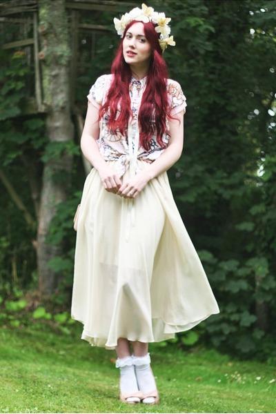 chiffon skirt - lace trimmed socks - printed blouse blouse