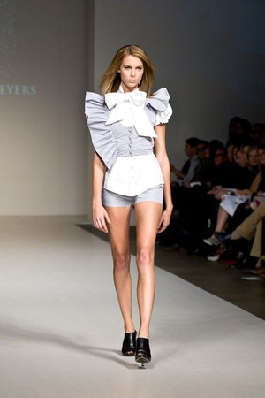 periwinkle Jason Meyers shorts - white Jason Meyers blouse - periwinkle Jaso ves