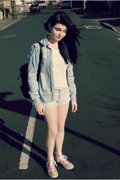 sky blue denim shirt H&M shirt - black Disney bag