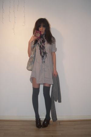brown scarf H&M accessories - brown Primark shoes - gray H&M dress