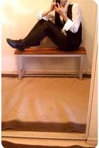 Forever21 vest - Dexter shoes - Heritage shirt - H&M tie - Majora pants