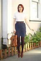 navy APC skirt - brown Forever 21 shoes - white thrifted vintage blouse