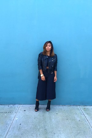 black tony bianco boots - black Nasty Gal jacket - black culottes Zara pants
