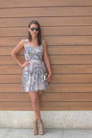 DTA dress