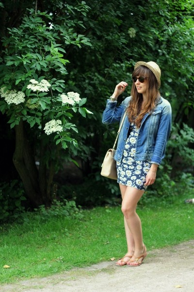 brown fedora H&M hat - blue floral GINA TRICOT dress - navy denim G-Star jacket