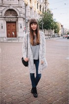 heather gray oversized Topshop top - black booties sam edelman boots