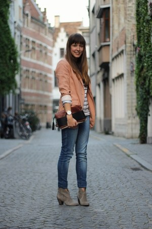 heather gray suede ASH boots - peach oversized H&M blazer