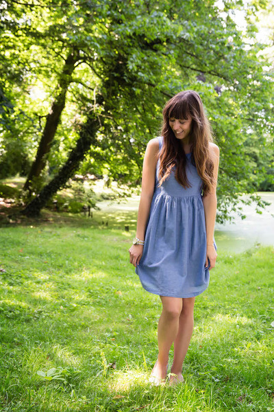 sky blue summer Vero Moda dress - gold peep toe Topshop flats