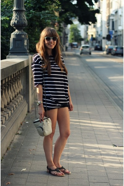 black denim H&M shorts - light blue veritas sunglasses - black Topshop sandals