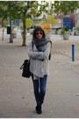 Black-booties-ash-boots-navy-skinny-diesel-jeans-silver-vila-sweater