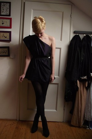black DIY dress