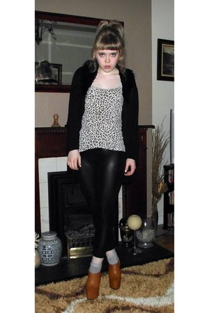 black leather Urban Outfitters leggings - beige leopard print Zara vest