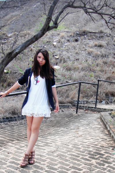 Black Outfit With White Blazer Black Blazer White Dress