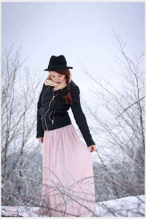 H&M hat - Zara jacket - Chicwish skirt