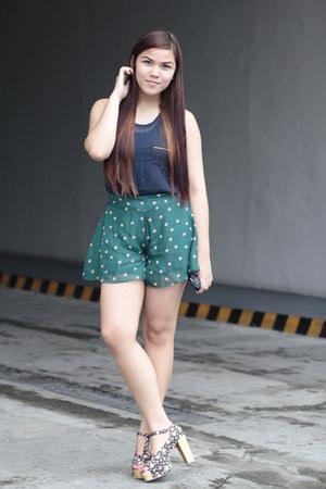 teal Primadonna shorts - navy Primadonna blouse - black Jellybean heels