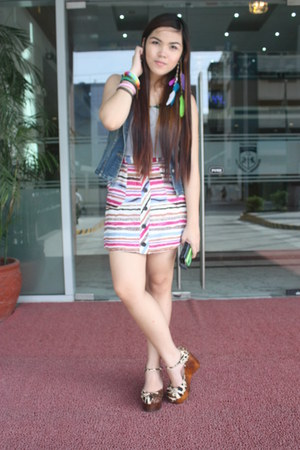 hot pink Jellybean skirt - green Primadonna blouse - navy Guess vest