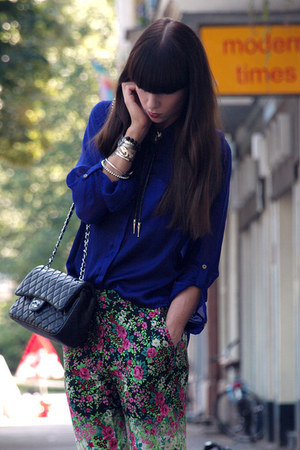 Chanel bag - Topshop pants - H&M blouse - vintage necklace