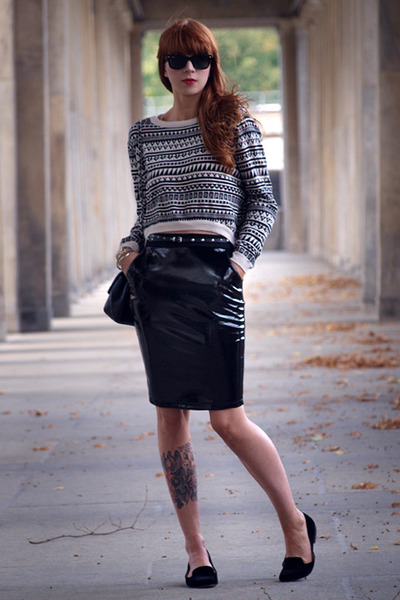 black H&M skirt - black Chanel bag - black H&M jumper