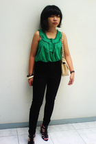 Mango top - Mango jeans - Chanel purse - Nine West shoes