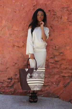 beige shirt - dark brown FROM DEMOCLES bag - beige top - black Ebay wedges