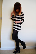 navy stripe jumper River Island jumper - black Primark boots