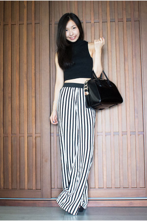 black Zara pants - black leather Givenchy bag - black Urban Outfitters top