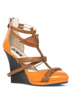 Toffee-wedges-clubcouture-shoes