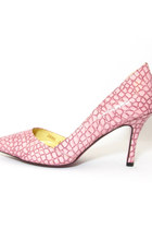 Light-pink-clubcouture-shoes