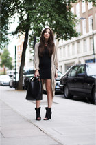 black freja Alexander Wang boots - black tank mbym dress - black Zara bag - ligh