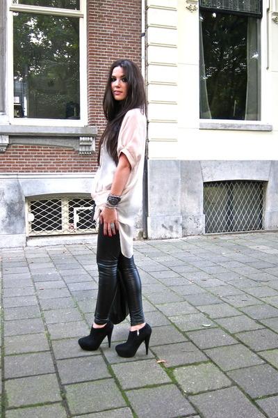 black Steve Madden boots - pink gestuz blouse - black Topshop pants