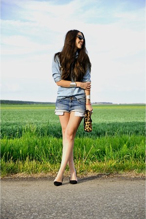 black Zara shoes - sky blue denim Zara shorts - sky blue denim Zara blouse