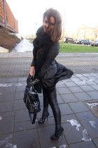 BLACK&LEATHER!*