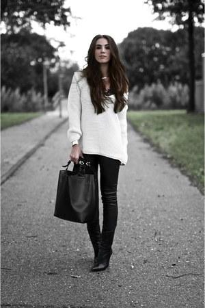 black Goosecraft pants