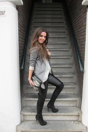 beige silk Topshop top - black suede overknee Topshop boots