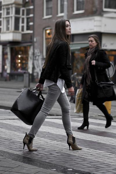 camel leopard ankle boots - heather gray skinny jeans Zara jeans